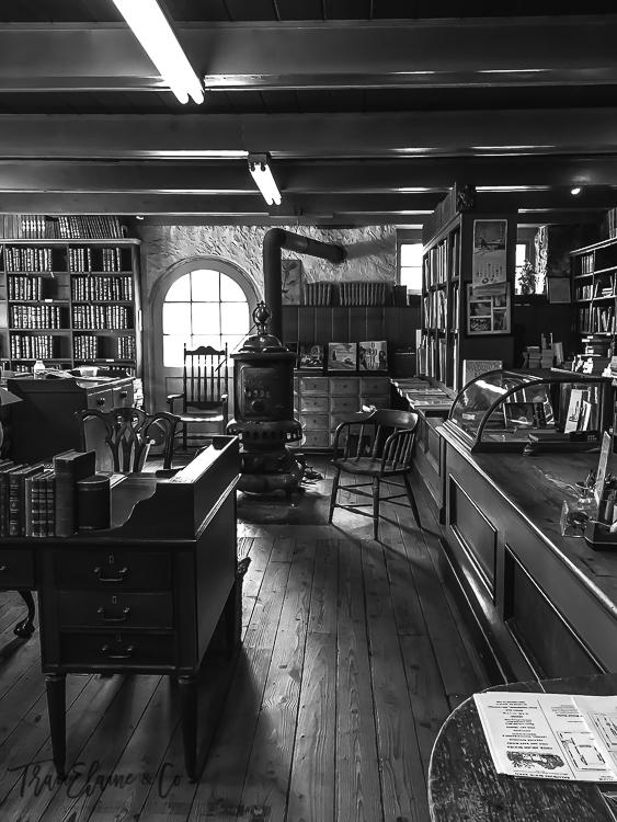 TraciElaine.com   Baldwin's Book Barn